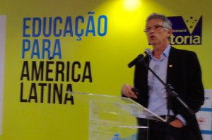 Conselheiro federal suplente, João Virmond Suplicy Neto, realiza apresentação