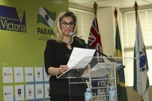 Vice-governadora discursa na Fiep